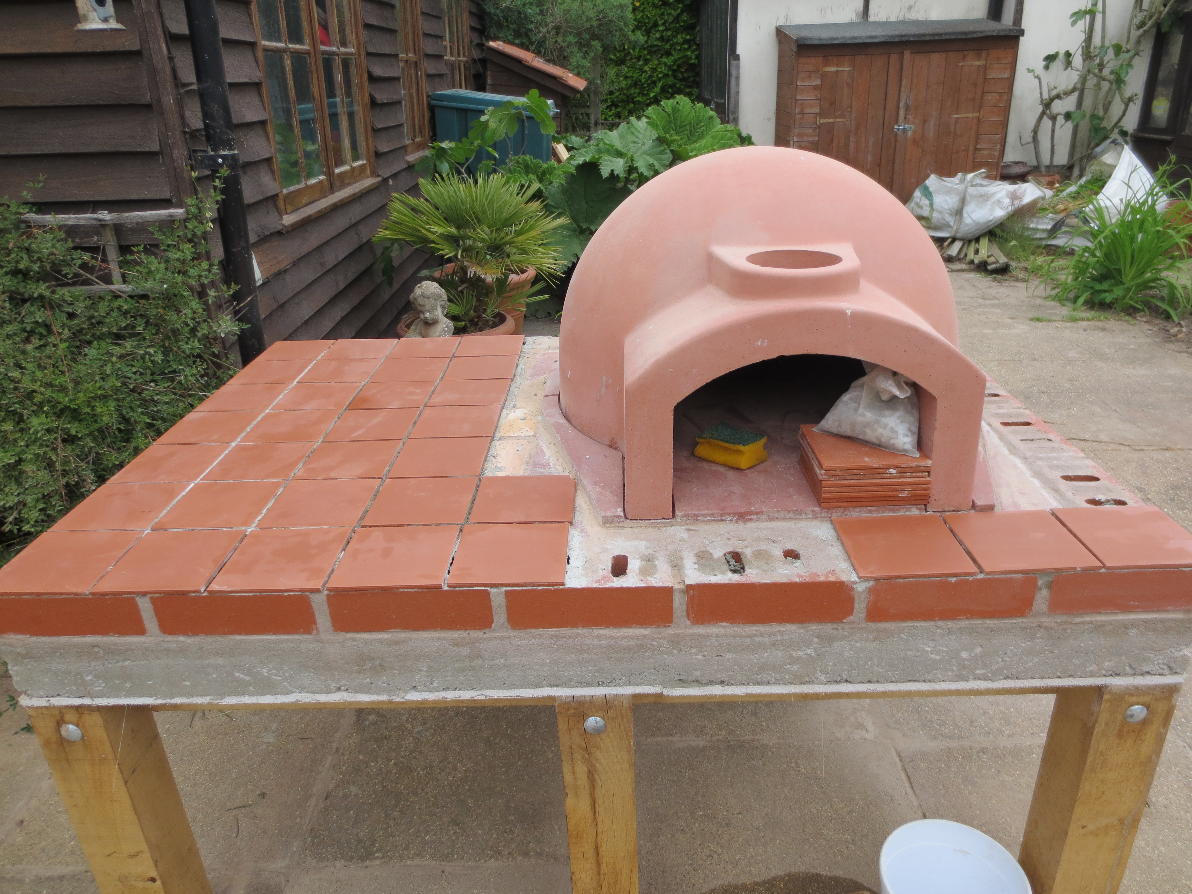 how to make a wooden pizza oven stand